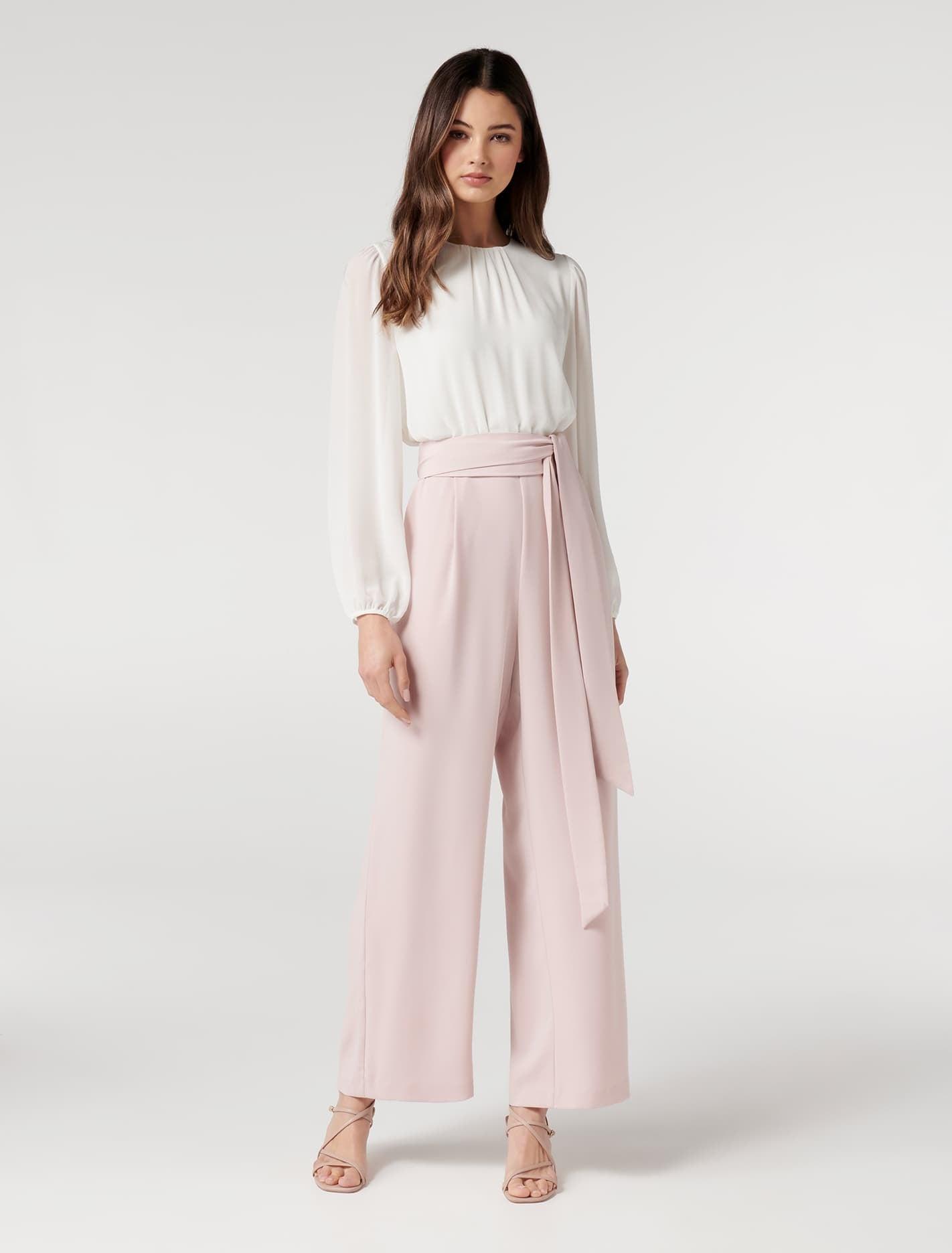 Ever New Ivy Petite Long Sleeve Jumpsuit - Ivory / Blush