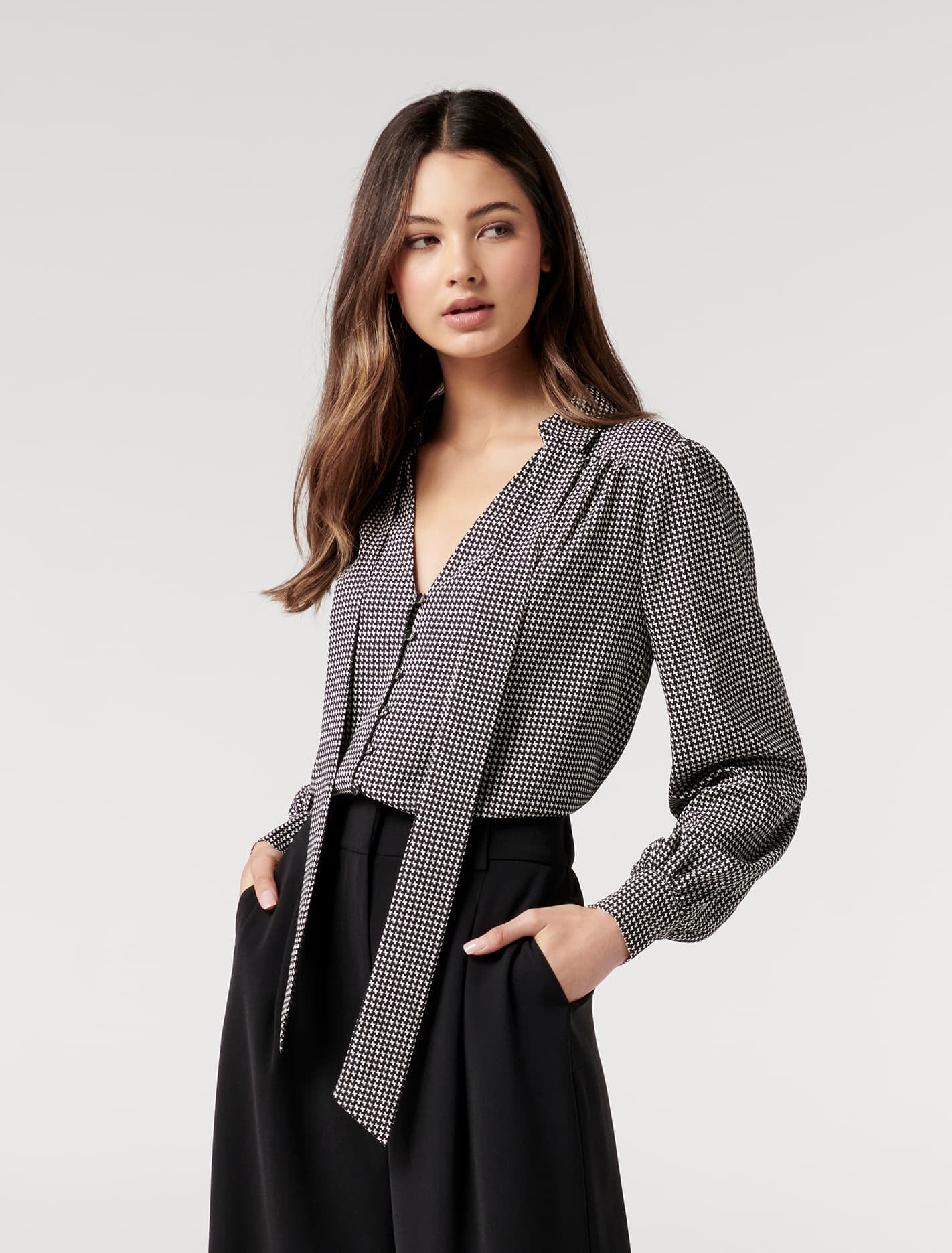 Ever New Lee Removable Tie Blouse - Houndstooth Geo